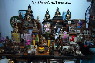 Thai houses - page 3/4