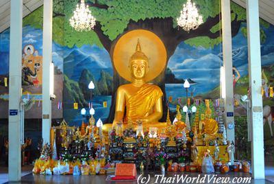 Buddha statue - Ubon Ratchathani