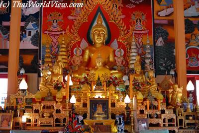 Buddhist statue - Ubon Ratchathani